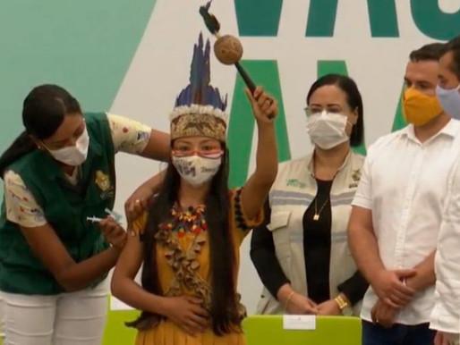 Primeira vacina contra Covid em Manaus é enfermeira indígena