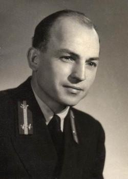 Mezőfényi Ferenc technikus, Budapest 195