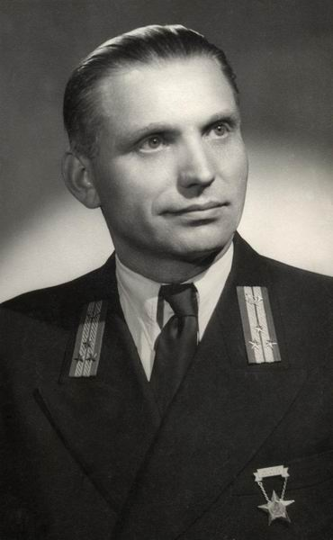 Szurgyi_Lajos_technikus,_Budapest_1955