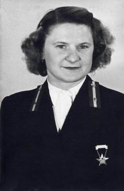 Dufek Rozália kezelő, Budapest 1954