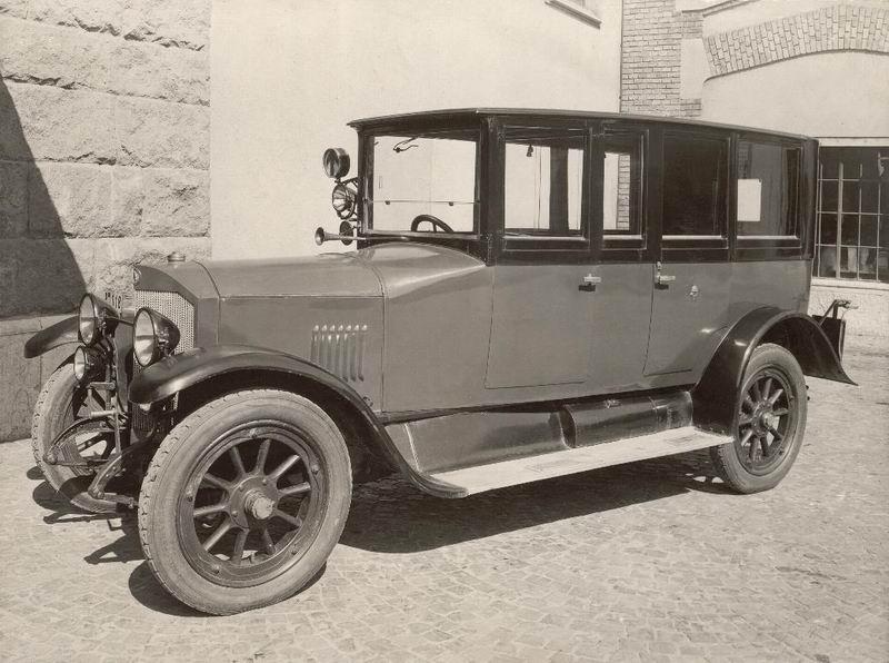 Benz típusú személygépkocsi (2)