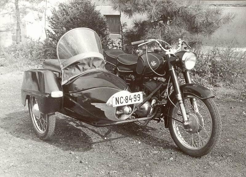 Fényképalbumokoldalkocsis_motorkerékpár