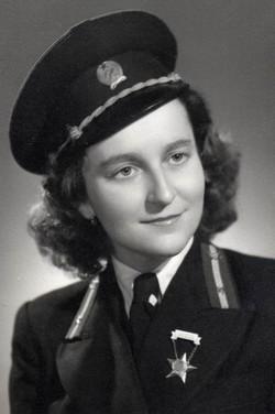 Jámbor Katalin műszerész, Miskolc 1955