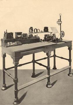 Hughes típusú távírógépek