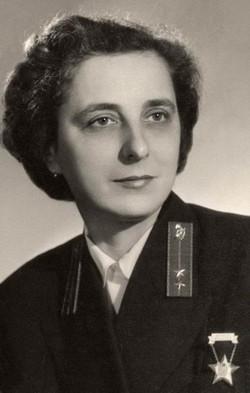 Boros Ilona kezelő, Budapest 1955