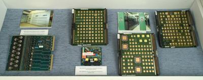 Elektronikus központ panelek