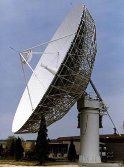 Intelsat AOR antenna