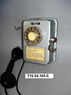 Ericsson nyilvános pénzbedobós telefon L