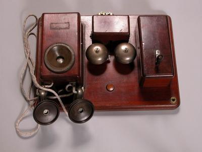 Bell-teljes telefonkészülék