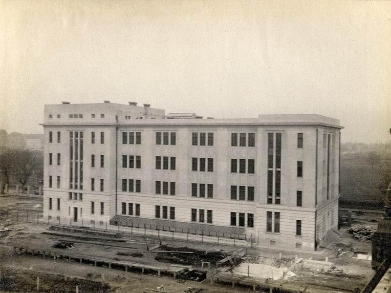 Posta Központi Járműtelep Irodapület