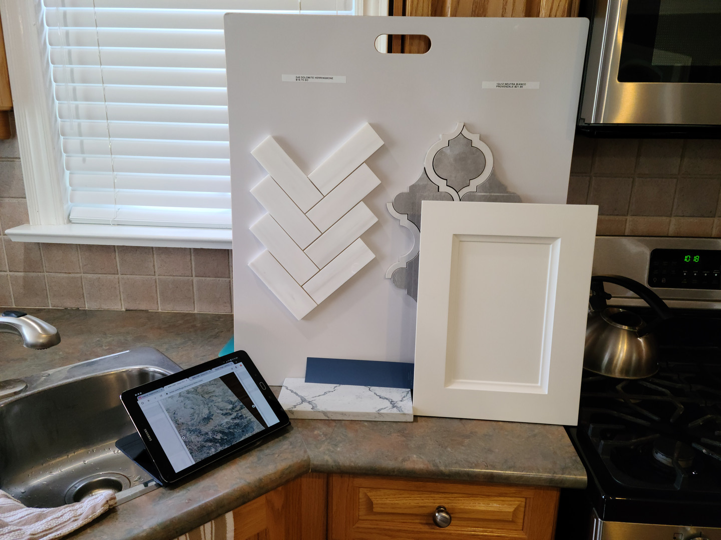 Refacing Kitchen Cabinetry & New Backsplash