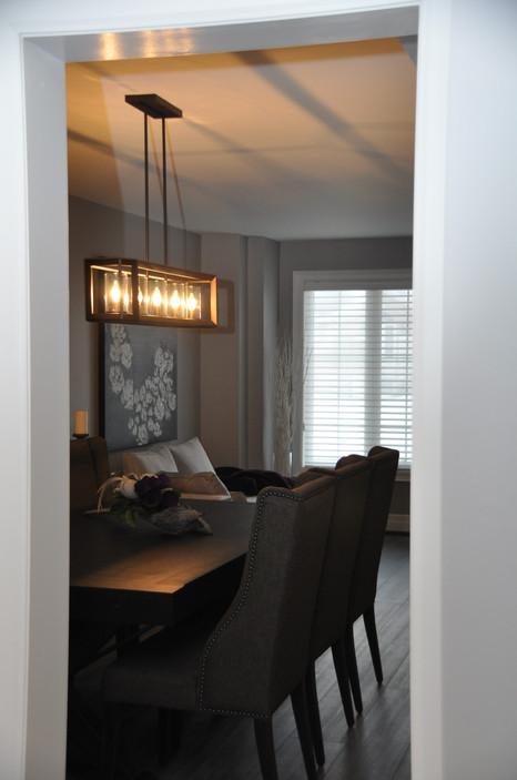 Linear Light Fixture