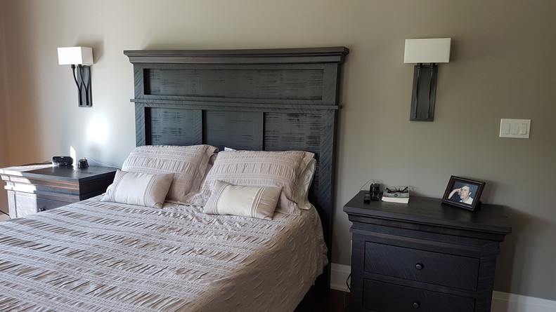 Ruff Sawn Bed and Nightstands