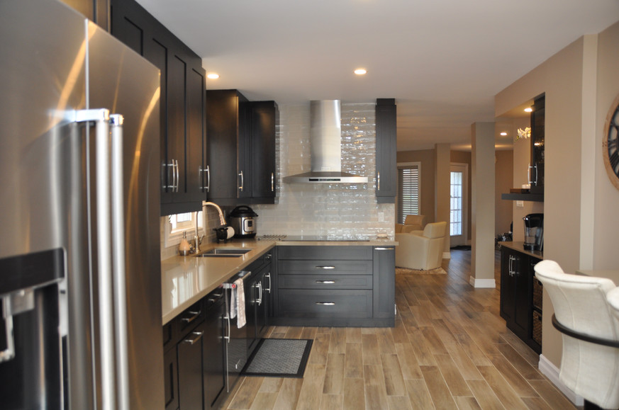 New Kitchen Layout with Breakfast Bar