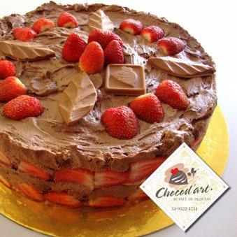 Torta Trufada com Morango