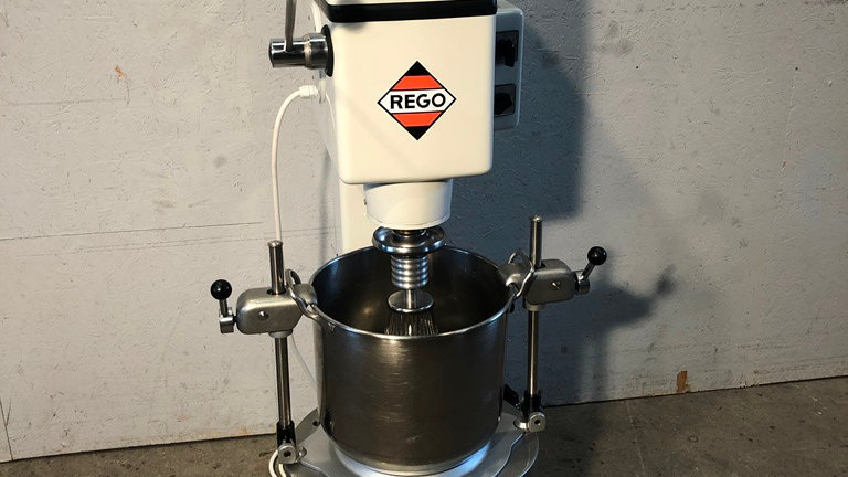 Rego stirring and beating machine SM 2 (Maschinennummer: 098-2)