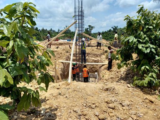 Die Fundamente werden errichtet!