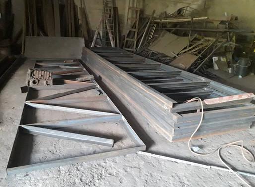 Die Konstruktion der Stahlbrücke