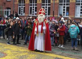 Saint Nicolas encourage les sages, enfants et adultes !