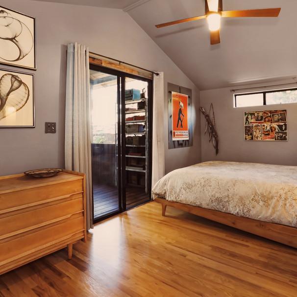 13-BEDROOM01.jpg