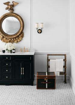 Steve Cordony Oblique bathroom
