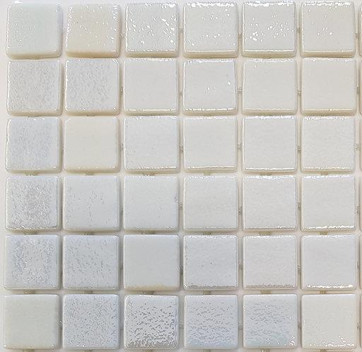 Kona Pearl 500 Glass Mosaic 310x310x4mm (25x25mm chip)