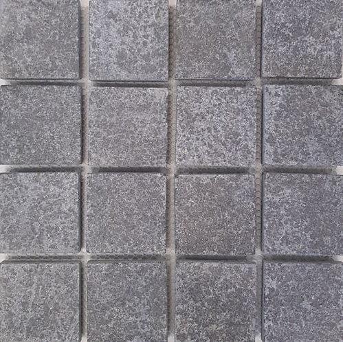 Cobble Granite Mosaic 100x100x15mm