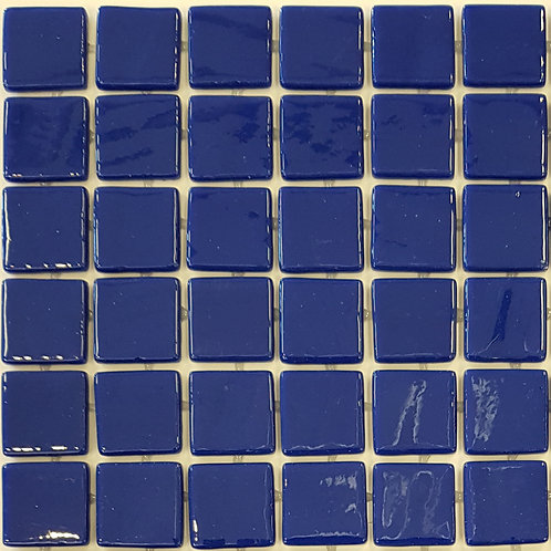 Kona GN100F Glass Mosaic 310x310x4mm (25x25mm chip)