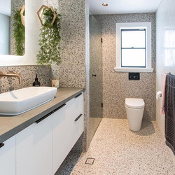 LUXE _ BATHROOM _ Recently completed by