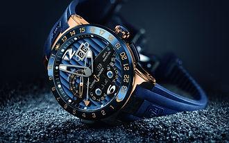 luxury-hand-watch-wallpaper-background-4