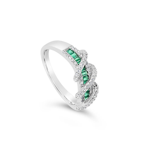 Exotic Twisted Spinel Ring - Green