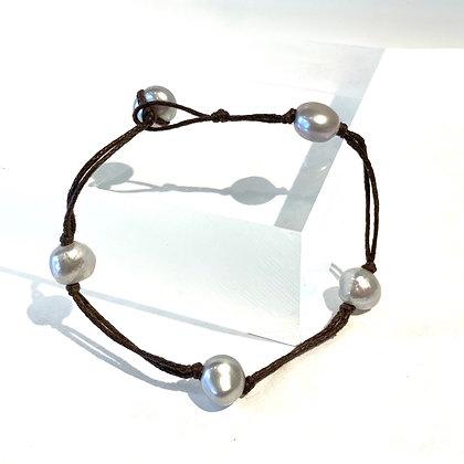 RO 57 Five Pearl Bracelet