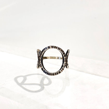 DH 243 Triple Texture Ring