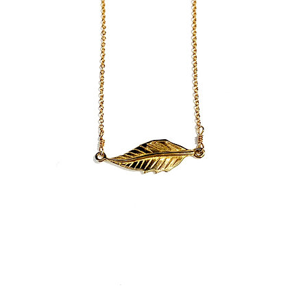 WD 03 Gold Floating Feather Necklace