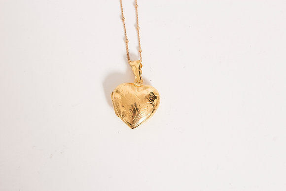 DH 168 Engraved Heart Locket