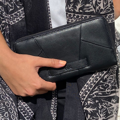 Carre Leather Wallet