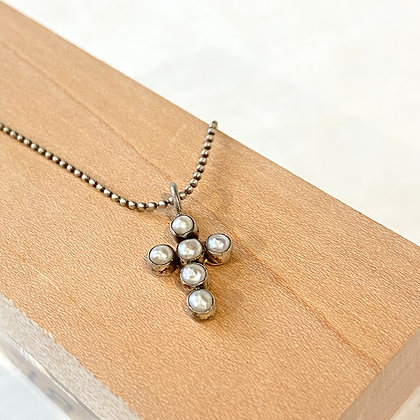 JD 12 Pearl Cross Necklace