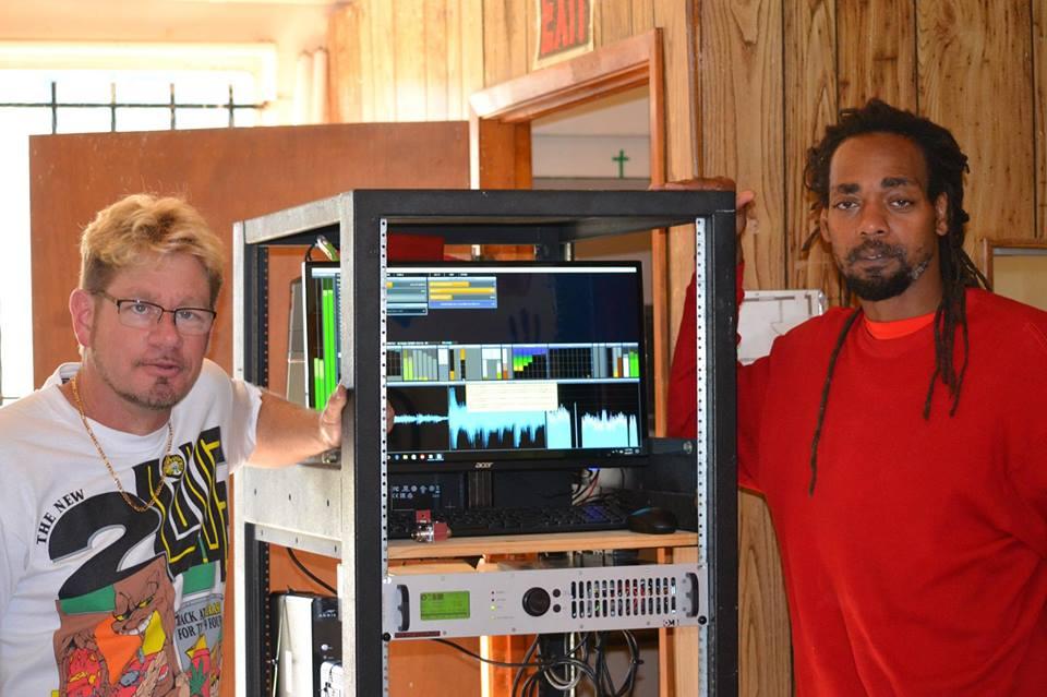 steve z and dee jackson transmitting