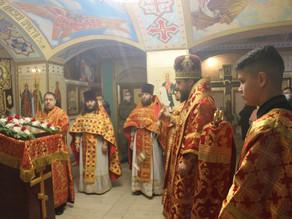 В День памяти великомученицы Варвары владыка Антоний возглавил Литургию в воинском храме