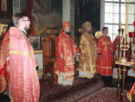 Архиепископ Юстиниан помолился святителю Николаю вместе с жителями села Никольское