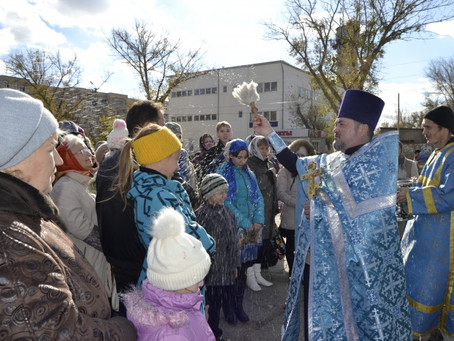 В день Казанской иконы Божией Матери в Нариманове прошел городской крестный ход