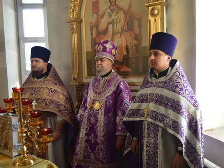 Епископ Ахтубинский и Енотаевский Всеволод совершил последнюю Литургию в Славгородской епархии