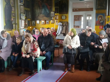 Правящий архиерей представил нового настоятеля Георгиевского храма в Капустином Яре