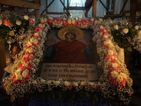 """8 декабря в Никольском чествовали образ Божией Матери """"Нерушимая Стена Астраханская""""."""