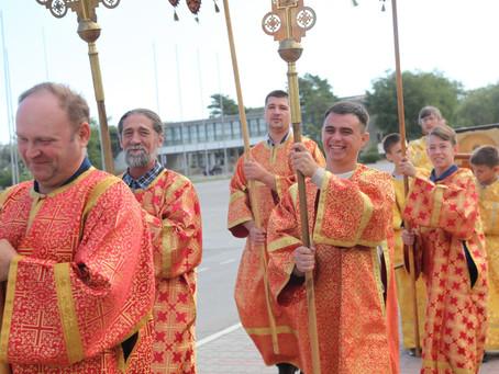 В Знаменске отметили 15-летие храма Александра Невского в день 800-летия святого.