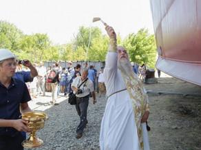 Священник Вячеслав Шемякин совершил чин освящения нового танкера