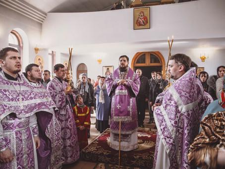 Епископ Ахтубинский и Енотаевский Антоний совершил чин Торжества Православия в кафедральном соборе