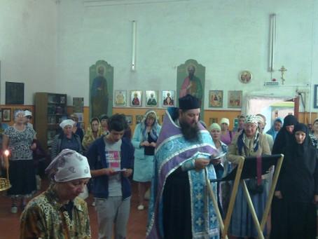 Воскресенско-Мироносицкий женский монастырь в с.Зубовка посетили паломники из Волгоградской области