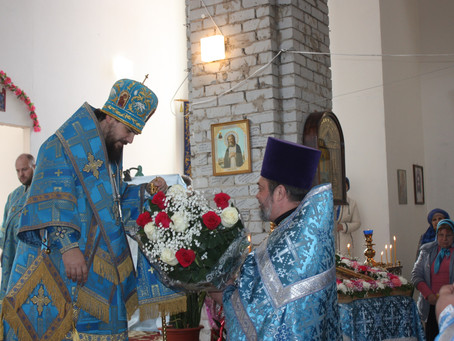 В храме Благовещения Пресвятой Богородицы г.Нариманов отметили престольный праздник и 15-летие храма