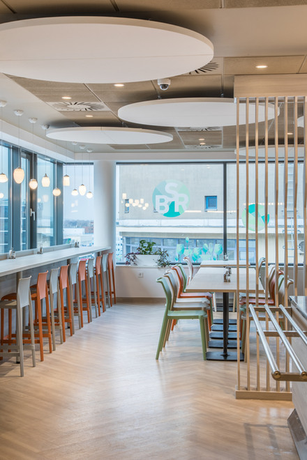 BSR irodaház étterem felújítás